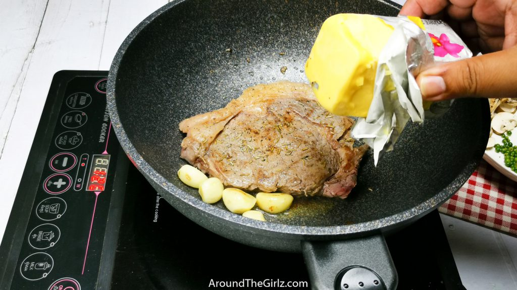 Add butter inside Korea King Pan